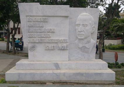 İsmet İnönü Anıtı / ANTALYA