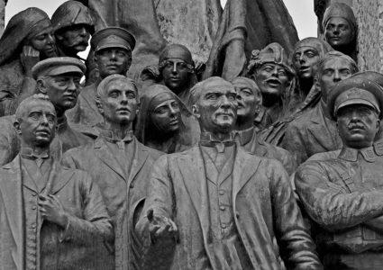 Taksim Cumhuriyet Anıtı / İSTANBUL